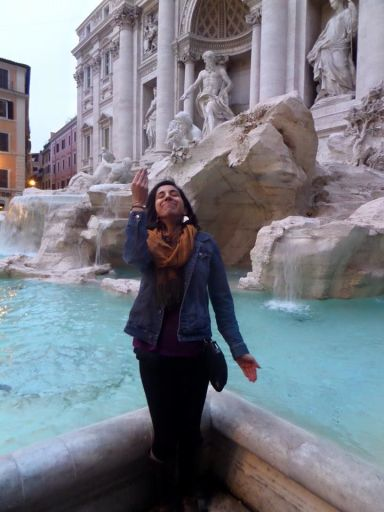 Making a wish at the Fontana de Trevi!
